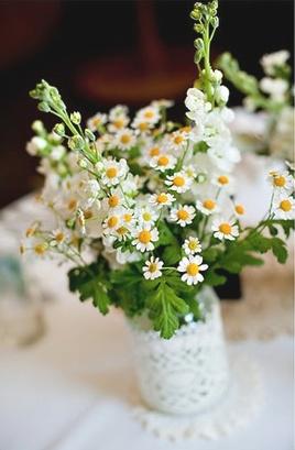 doiley around vase
