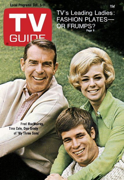"""TV Guide: October 5, 1968 - Fred MacMurray, Tina Cole and Don Grady of """"My three Sons"""""""