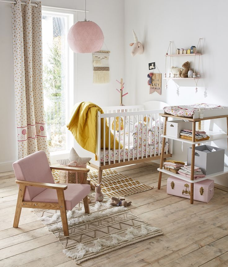 Fauteuil en bois Vintage - rose/bois in 2019 | Little Spaces | Baby ...