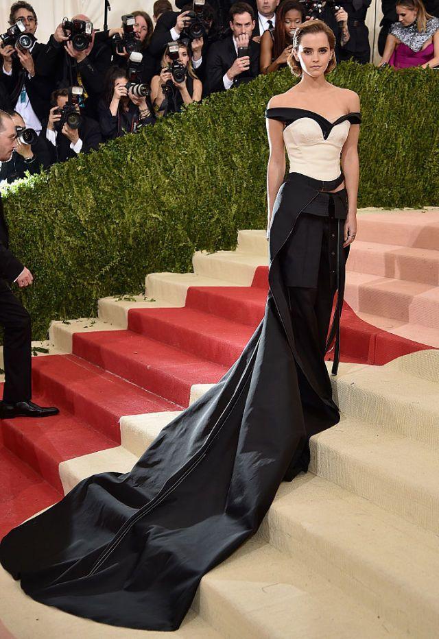 Emma Watsons Met Gala jurk was dus gemaakt van afval  - harpersbazaar.nl