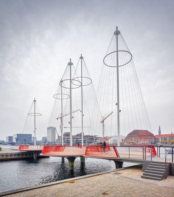 Olafur Eliasson, Alessandro Guida · Cirkelbroen Bridge · Divisare