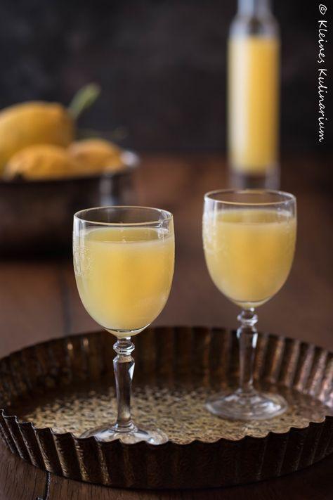 Limoncello - italienische Zitronenlikör. Ganz einfach selber machen und genießen oder verschenken. Am besten mit Amalfi Zitronen