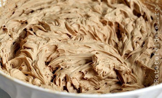 Crema de mascarpone cu cafea,o reteta extrem de simpla si rapida dar foarte fina si delicioasa.O puteti folosi la umplereaprajiturilor sau a torturilor,va asigur ca este o crema foar…