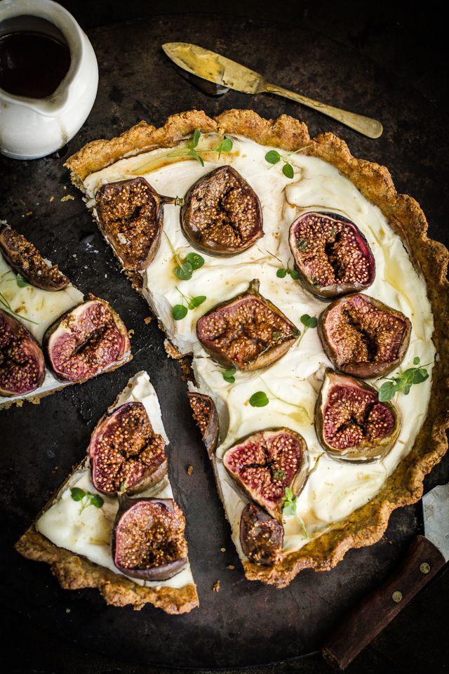 Journey Keuken: Labneh Fig en tijm taart met pistache Amandel Korst