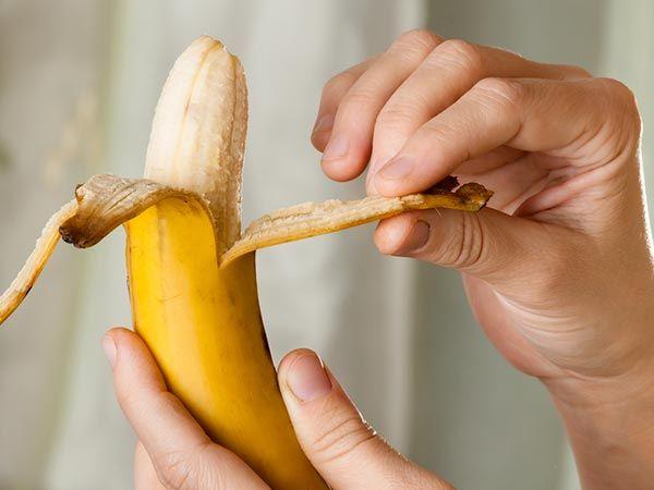 banana skin beauty tips | குப்பையில் போடும் வாழைப்பழத்தோலில் இவ்வளவு நன்மைகளா?       »  »  »  »குப்பையில் போடும் வாழைப்பழத்தோலில் இவ�... Check more at http://tamil.swengen.com/banana-skin-beauty-tips-%e0%ae%95%e0%af%81%e0%ae%aa%e0%af%8d%e0%ae%aa%e0%af%88%e0%ae%af%e0%ae%bf%e0%ae%b2%e0%af%8d-%e0%ae%aa%e0%af%8b%e0%ae%9f%e0%af%81%e0%ae%ae%e0%af%8d-%e0%ae%b5%e0%ae%be%e0%ae%b4-2/