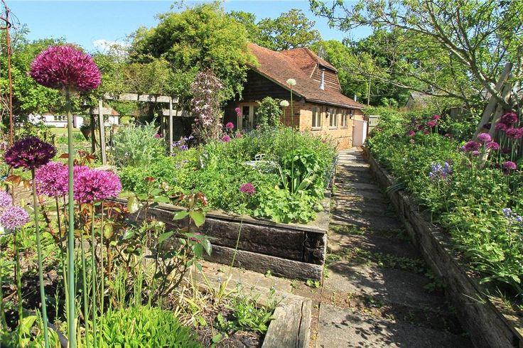 Fisher Lane, Chiddingfold, Godalming, Surrey, GU8 7 bed farm house for sale - £2,450,000