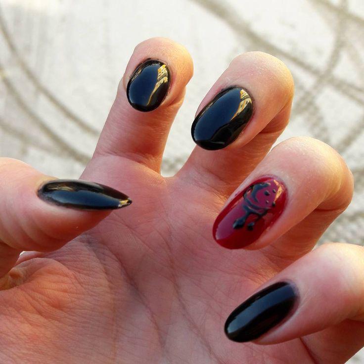 nice Необычный красно-черный маникюр (50 фото) — Свежие идеи дизайна Читай больше http://avrorra.com/krasno-chernyj-manikyur-foto-idei/