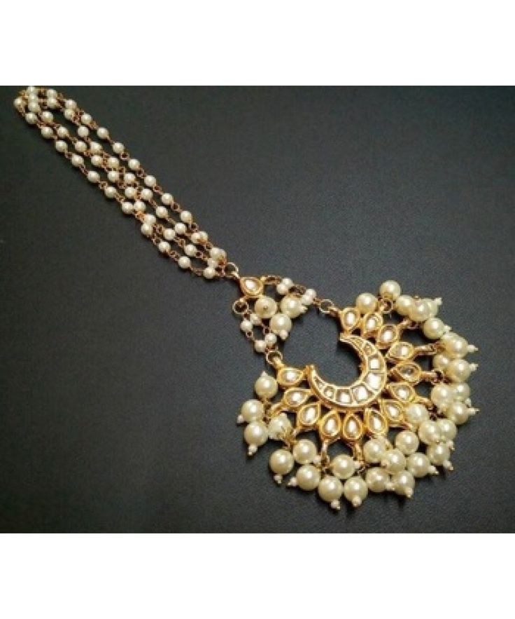 ELEGANT COLORED PEARLS AMAANGTIKKA