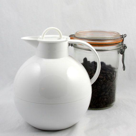 Danish coffee warmer