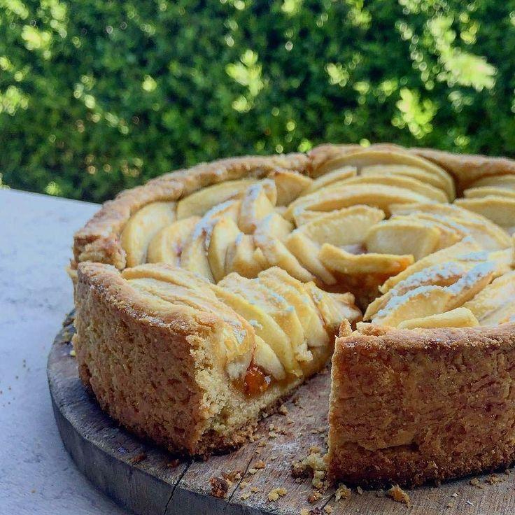 Torta di mele    By @anna.gumi