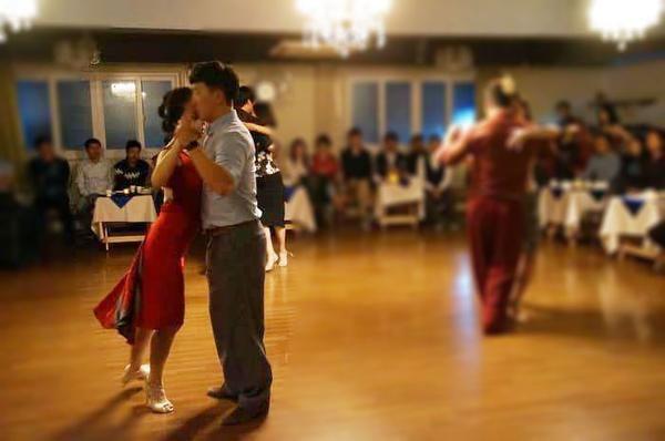 red tango dress, red fishtail tango dress #argentinetango #condiva #tangodress #milonga #tangodance #red