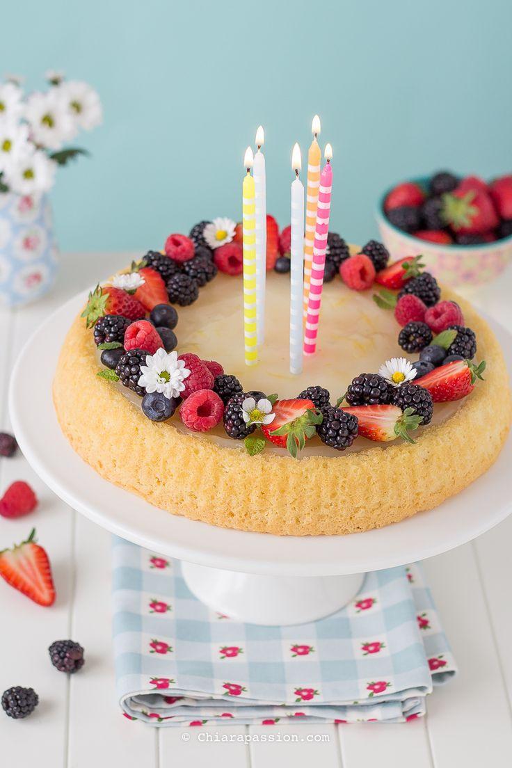 Crostata di frutta con base morbida. recipe fruit cake, Meri Meri party, birthday cake