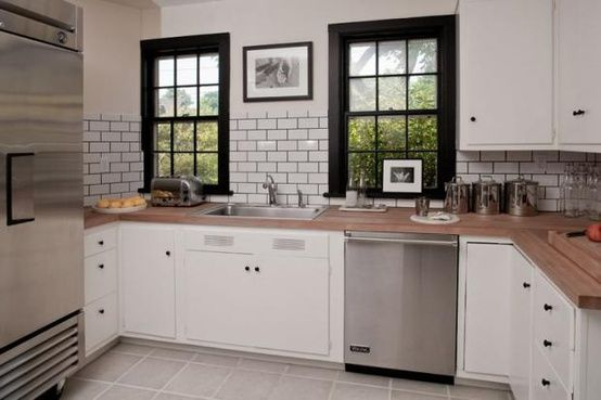 Redecorating A Kitchen On S Small Budget