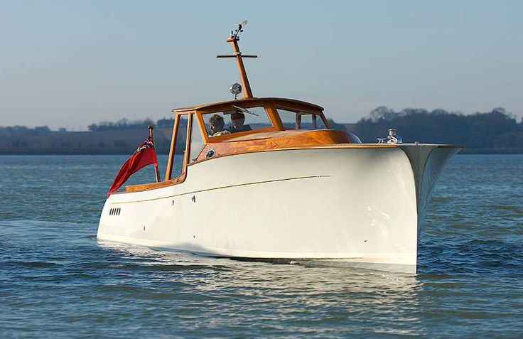 The P40 by Spirit Yachts is, and I say this without reservation, one of the most beautiful production boats in the world. The 40 foot powerboat is hand...
