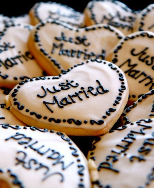 Just married biscuits. These would be great for the reception
