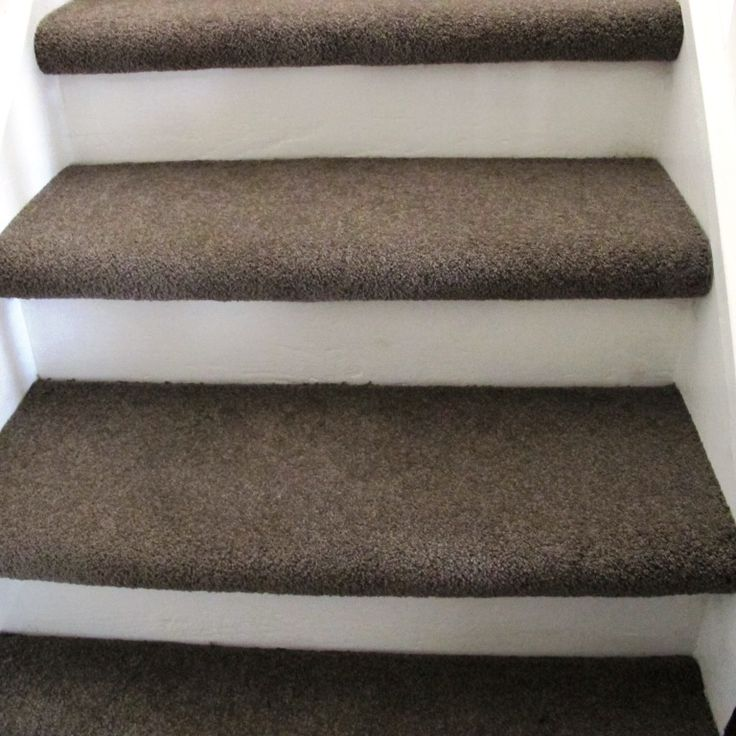 carpet treads, painted riser