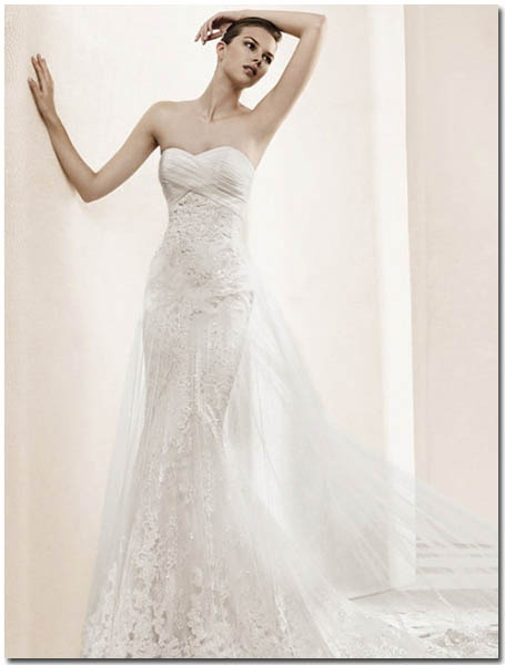 60 best wedding dresses images on pinterest short wedding gowns tradesy weddings formerly recycled bride is the worlds largest wedding marketplace junglespirit Images