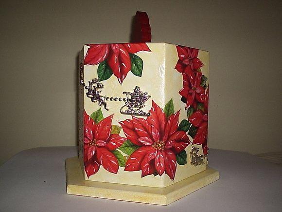 porta panetone flores vermelhas