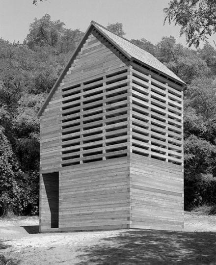 Szent csend – zarándokház és erdei kápolna, Pannonhalma