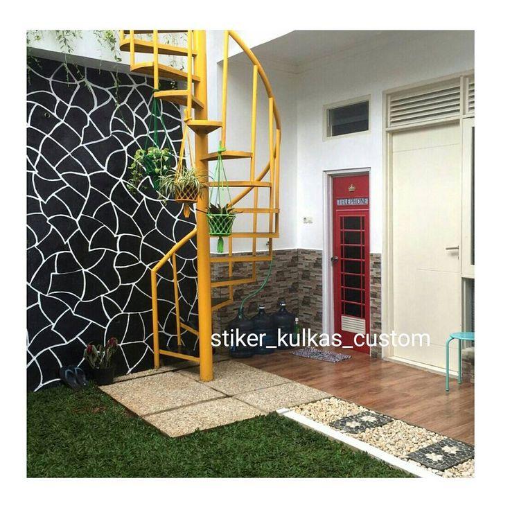 Stiker pintu telephone box - See Instagram photos and videos from stiker kulkas CUSTOM (@stiker_kulkas_custom)