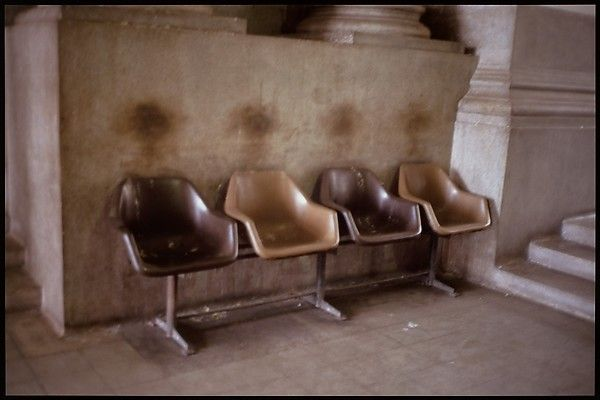 Gabriel Orozco | Waiting Chairs | The Met