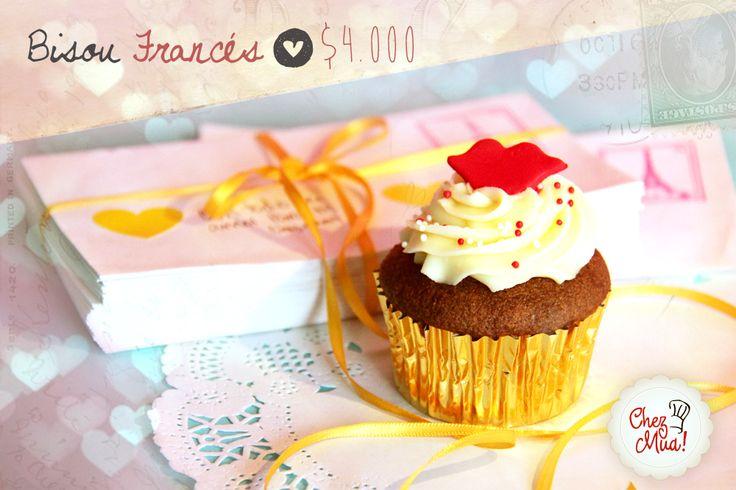 ¡Bisou Francés!   Oh lala! este delicioso cupcake al estilo beso francés la o lo dejará viendo estrellas.  #amor #amistad #calico #cupcakes