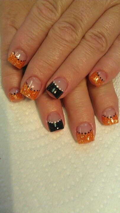 Shidale nails, black and orange# Halloween!