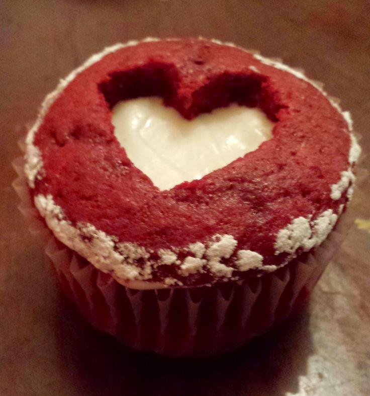 Sweetheart Cupcakes: Red Velvet Sweetheart