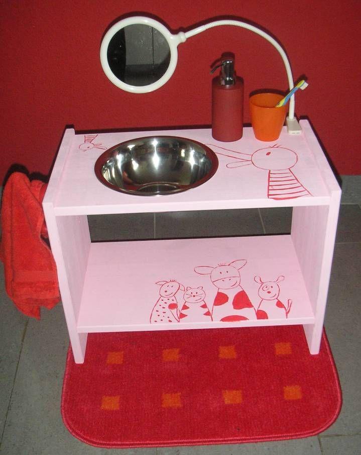 les 61 meilleures images propos de montessori maison sur pinterest toilettes montessori et. Black Bedroom Furniture Sets. Home Design Ideas