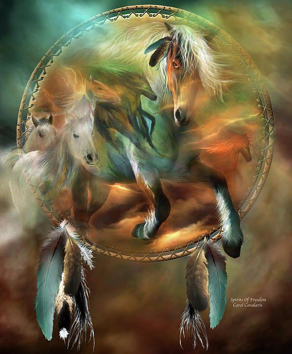 Paarden van de geest, het lopen zo wild en zo vrij als de wind. Dit schilderij van paarden die binnen een droom catcher is van de 'Dream Catcher' collectie van kunst door Carol Cavalaris.
