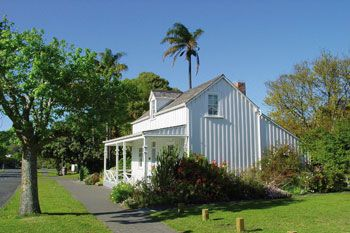 Wyllie Cottage - The first European house to be built East of the Taruheru River is the oldest house still standing in Gisborne.