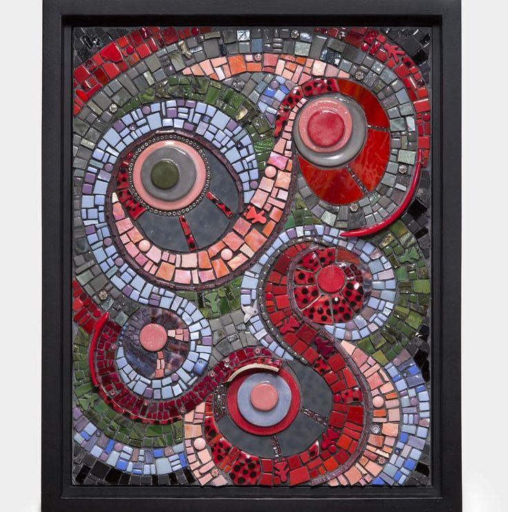 """Thank you for all of your kind and encouraging comments when I posted this as a WIP. It's finished now. """"Reconfigure"""" was inspired by broken ceramic vessels by @kelly_kaatz and #brendasupuwood and leftover #circles from my circle project. Photo by @pdrearick #mosaic #mosaico #ceramic #keramik #smalti #detroitartist #detroit #ruthtyszka"""