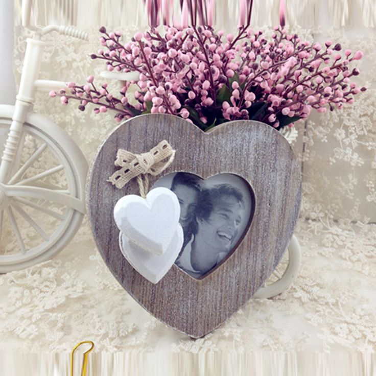Romantic Heart Photo Frame    $ 28.02 and FREE Shipping    Tag a friend who would love this!    Buy one here---> https://memorablegiftideas.com/romantic-heart-photo-frame/    Active link in BIO      #beautiful #love Romantic Heart Photo Frame