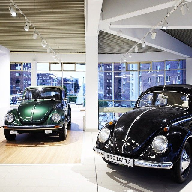 car showroom volkswagen kiel germany lighting products iguzzini illuminazione photographed. Black Bedroom Furniture Sets. Home Design Ideas