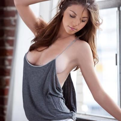 Check out more sexy girls with no bra @ girls-with-no-bra ...  Check out more ...
