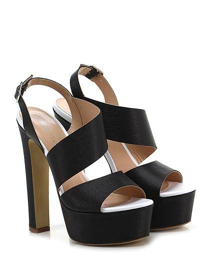 CHON - Sandalo alto - Donna - Sandalo alto in pelle saffiano con cinturino su retro e suola in gomma. Tacco 150, platform 50 con battuta 100. - NERO - € 225.00