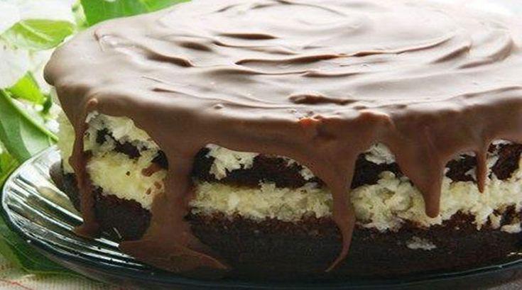 Ínycsiklandó kókusztorta, vastag töltelékkel és jó sok csokoládéval!