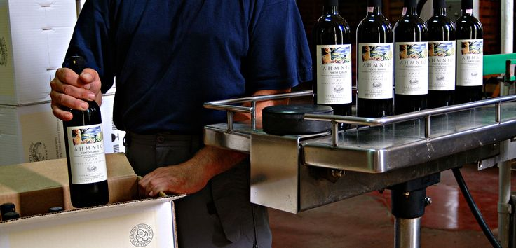 Packaging Ahmnio Porto Carras wine.