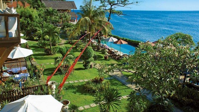 Tauch Terminal Tulamben - Centre de plongée en Indonesie - île de #Bali  https://www.spadreams.fr/pas-cher/indonesie/ile-de-bali/tulamben/tauch-terminal-tulamben/