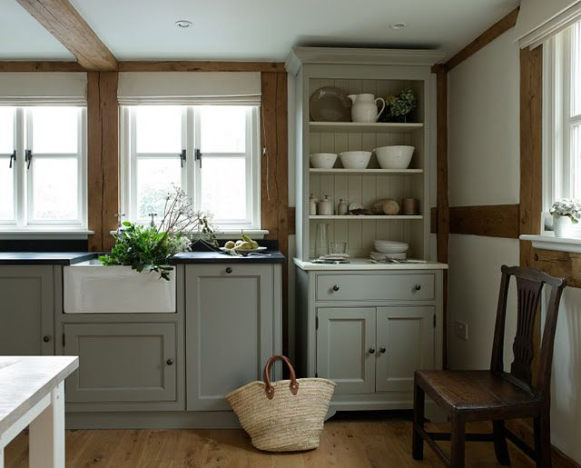 Country kitchen lovely green grey shaker units for Autumn shaker kitchen cabinets