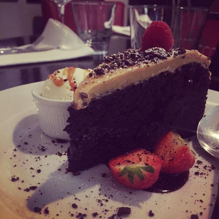Carlingford chocolate milk stout brownie w/ espresso frosting #eatateno
