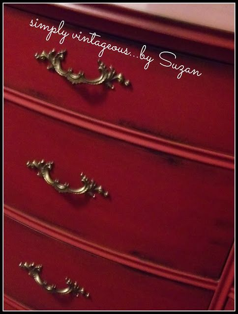 I love this RED! Annie Sloan Chalk Paint - Emperor's Silk