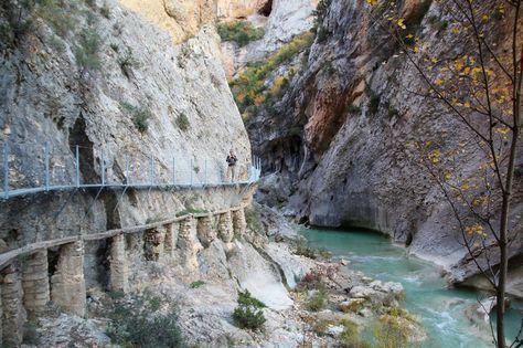 Rutas Mar & Mon: Una escapada por Huesca: Alquezar - Pasarelas Rio Vero, Salto de Bierge, Pozan de Vero
