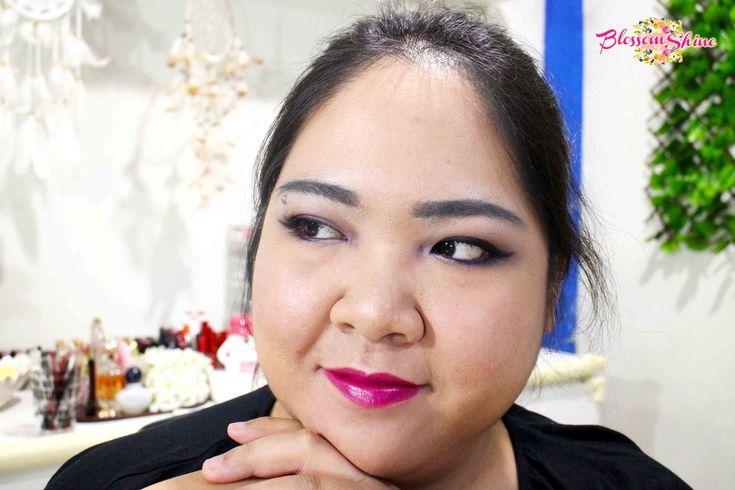 Ultraviolet Makeup 03 . #blossomshine #makeup #makeupcollaboration #stillainthemoment #purpleeyeshadow #ultraviolet #Pantone2018 #smokeyeyes #purplesmokeyeyes