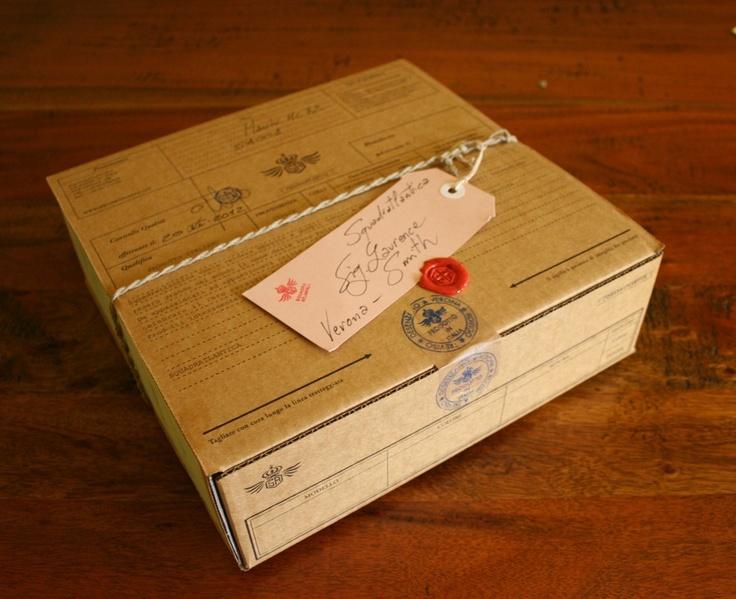 gift packging  -----------------  confezione regalo