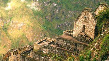 Voyage Perou a été créé en 2012 dans l'intention de présenter le Pérou dans toute sa diversité, en traitant principalement du tourisme et de la gastronomie, mais également de la culture et de l'entreprenariat. Il est aujourd'hui le plus important blog francophone sur le Pérou. http://www.voyageperou.info/