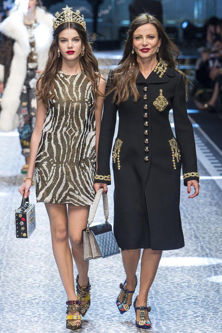 Défilé Dolce & Gabbana prêt-à-porter femme automne-hiver 2017-2018 33