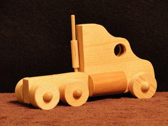 Semi Truck (somente caminhão) (012) DIMENSÕES 8 polegadas de comprimento 5 polegadas de altura 3 polegadas de largura $11.49