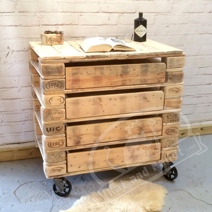 Drawers for Sale in Recycled Pallet Wood. Furniture Storage Idea in Vintage Style / Rustic Vanity Unit or Lowboy Dresser.