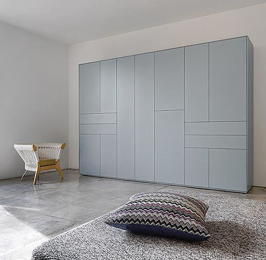 Contemporary lacquered wardrobe XLINE - Piure GmbH - News and press releases